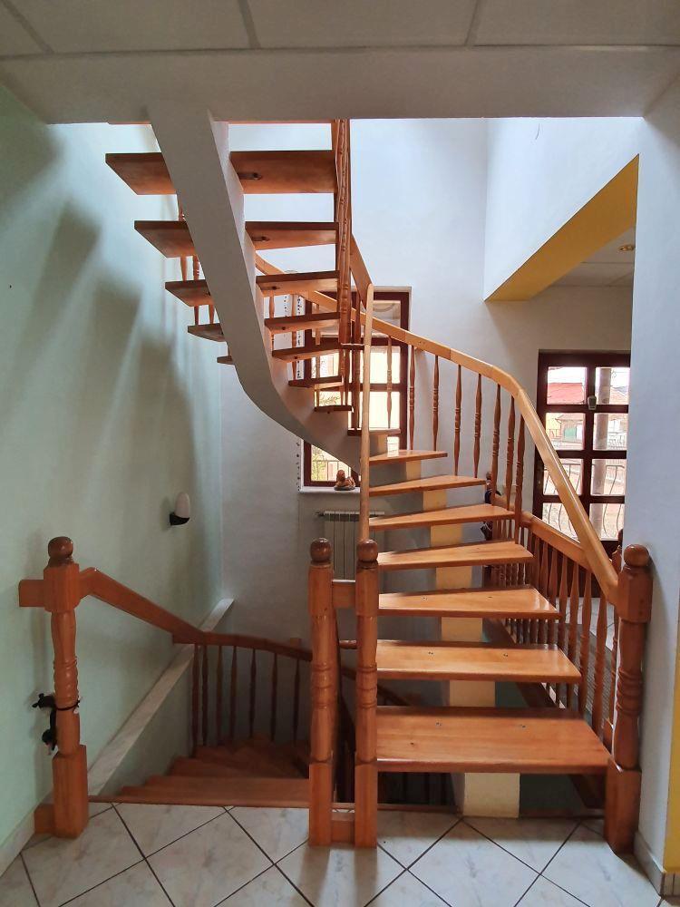 Casa spatioasa de vanzare la Talmaciu