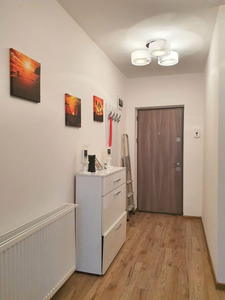 Apartament de lux mobilat si utilat, etajul 1 pe Calea Cisnadiei