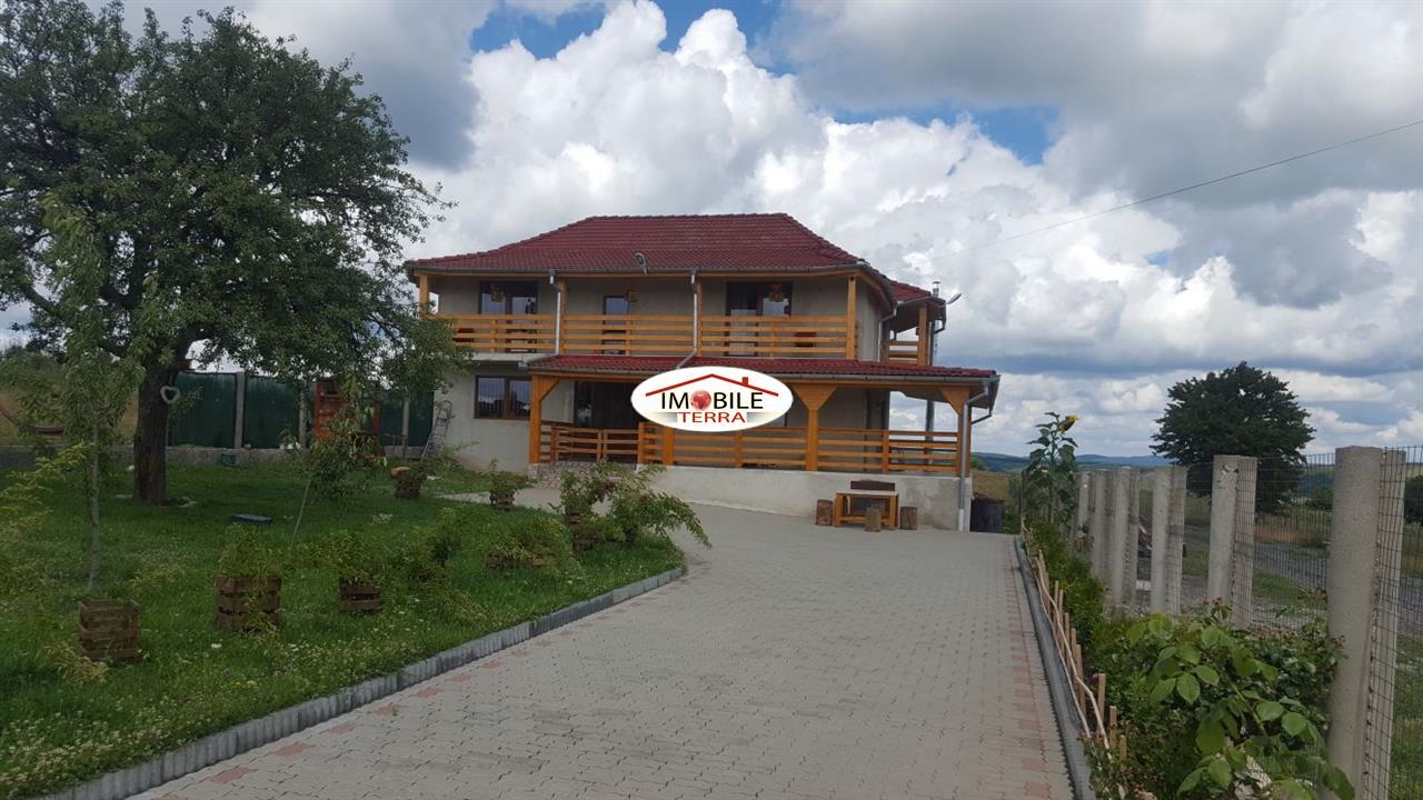 Casa noua cu 4 camere in daia noua imobile private 3881 - Terenes casa rural ...