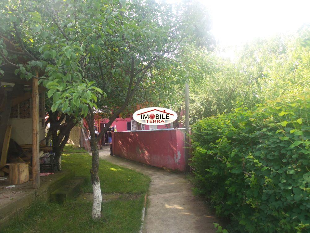 Pensiune de vanzare in zona turistica Tocile