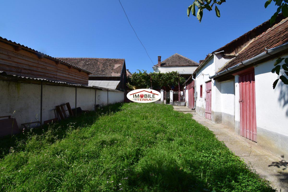 Casa de vanzare in saliste sibiu - Terenes casa rural ...