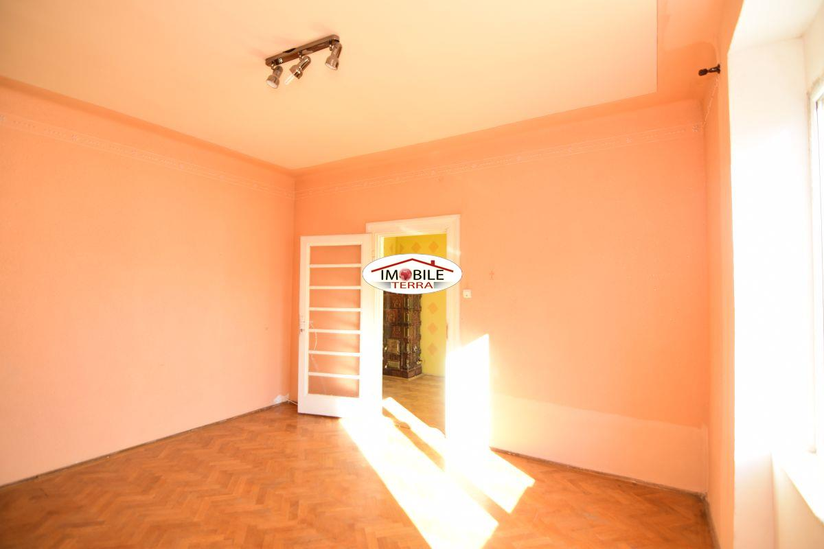 Apartament 3 camere de vanzare in centru istoric Sibiu