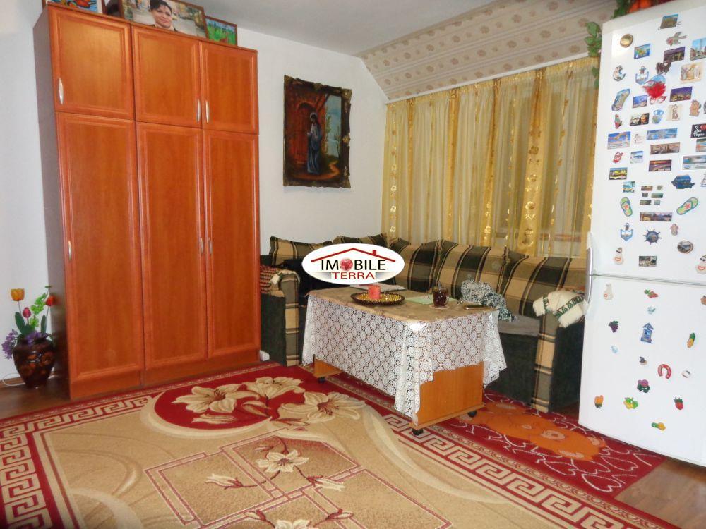 Mansarda 2 camere de vanzare zona Cedonia   Sibiu