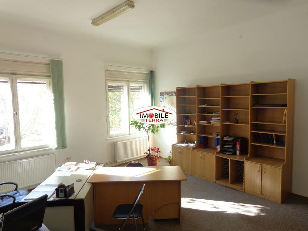Apartament pretabil birou notarial la casa, zona Victoriei  Sibiu