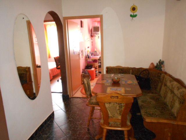 Apartament 3 camere etaj 2 in Vasile Aaron   Sibiu