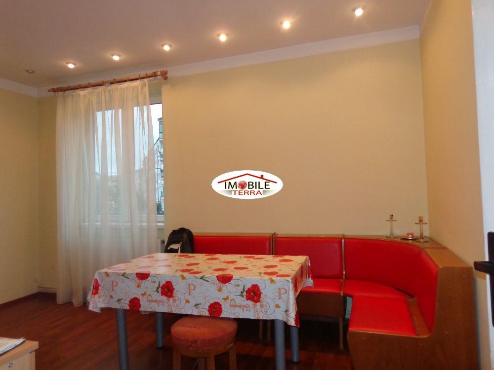 Apartament 2 camere la vila de vanzare in Sibiu