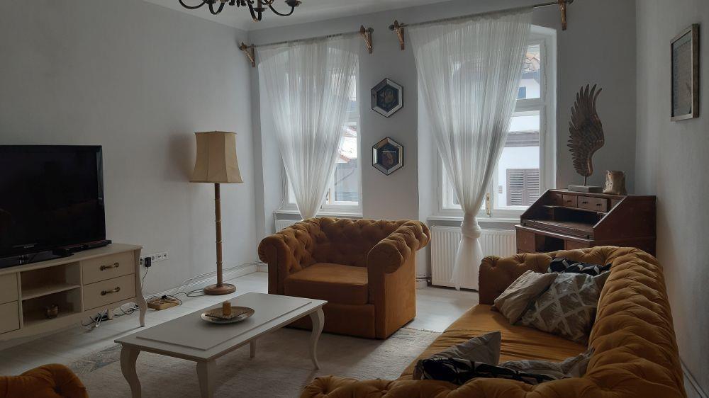 Apartament spatios de lux de vanzare ultracentral in Sibiu