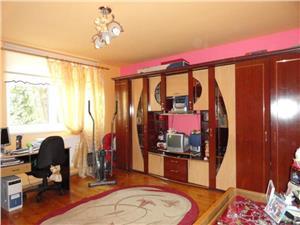 Apartament la casa cu 3 camere in Terezian  Sibiu