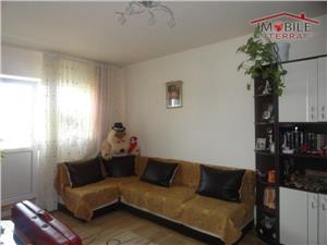 Apartament cu trei camere de vanzare in Terezian