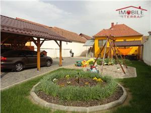 Casa 3 camere cu teren 1170 mp zona Terezian