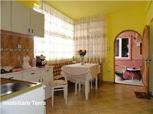 Casa cu 6 camere si 600 mp teren, de vanzare in zona Lazaret Sibiu
