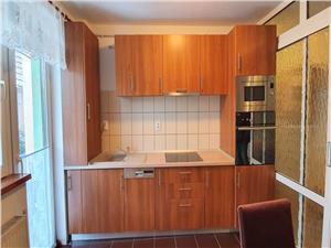 Apartament 3 camere cu gradina de inchiriat in Sibiu