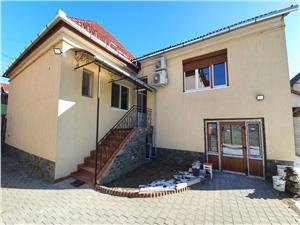 Casa moderna de vanzare zona Lupeni