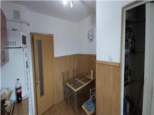 Apartament 3 camere de vanzare pe Bulevardul Mihai Viteazu  Sibiu