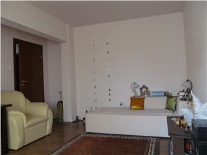Apartament 4 camere de vanzare in Sibiu