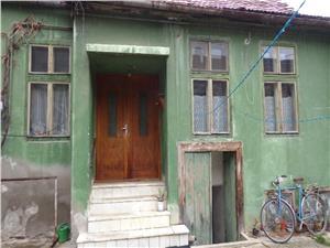 Apartament la casa de vanzare in Piata Cluj