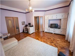 Apartament la casa, Ultracentral