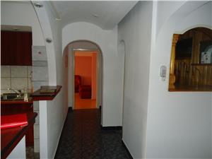 Vand apartament 2 camere Mihai Viteazu