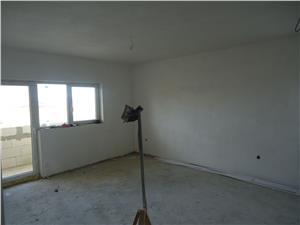 Vand apartament 3 camere Calea Cisnadiei