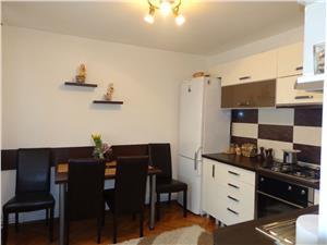 Apartament 3 camere de vanzare in Sibiu, zona centrala
