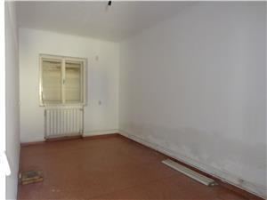 Casa 4 camere de vanzare in Turnisor