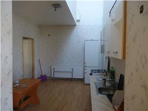 Inchiriez apartament 4 camere pentru muncitori