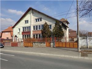 Casa spatioasa Calea Dumbravii langa parcul Sub Arini