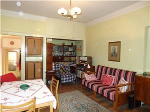 Casa 5 camere de vanzare in Piata Cluj, Sibiu