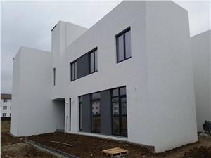 Casa moderna cu 4 camere in zona Rezidentiala
