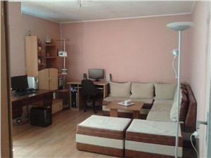De vanzare apartament 2 camere decomandate in Hipodrom