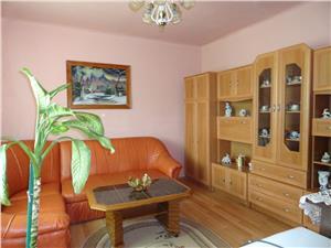 Apartament la casa de vanzare in Lazaret