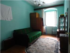 Apartament la casa de vanzare in zona istorica