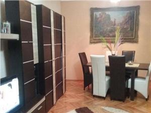 Apartament la casa de vanzare zona Lazaret