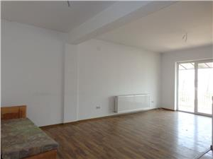 Apartament spatios cu 2 camere in Turnisor