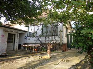 Casa cu 2 camere in Piata Cluj de vanzare in Sibiu