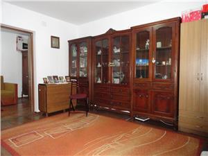 Apartament de vanzare cu 2 camere zona Hipodrom