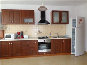 Apartament 3 camere de inchiriat la vila zona Dumbravii