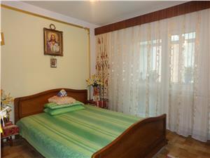 Apartament 3 camere, zona Garii