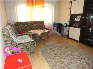 Apartament 3 camere zona Lazaret