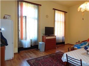 Apartament 2 camere, 100mp, zona Piata Mare