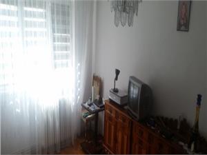 Vanzare Apartament 3 camere, zona Strand