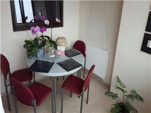 Apartament 2 camere decomandate 72 mp in zona Central