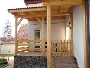 Casa cu 2 corpuri de vanzare in Sibiu