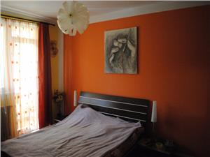 Apartament 4 camere, zona Lazaret