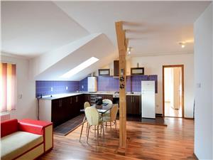 Apartament 3 camere, Strand 2