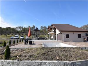 Vila de vanzare cu 7000 mp teren langa Sibiu