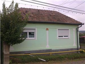 Casa de vanzare in Localitatea Rusi, Com. Slimnic