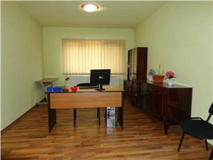 Apartament 3 camere, etaj I, de vanzare in Talmaciu