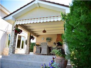 Casa singur in curte, zona Cisnadie
