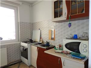 Apartament 3 camere de vanzare in Terezian  Sibiu
